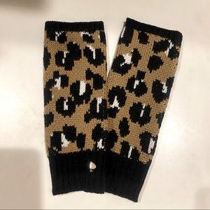 🆕 KATE SPADE leopard print arm warmers